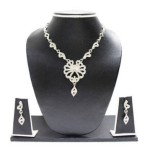 Zaveri Necklace and pendant set